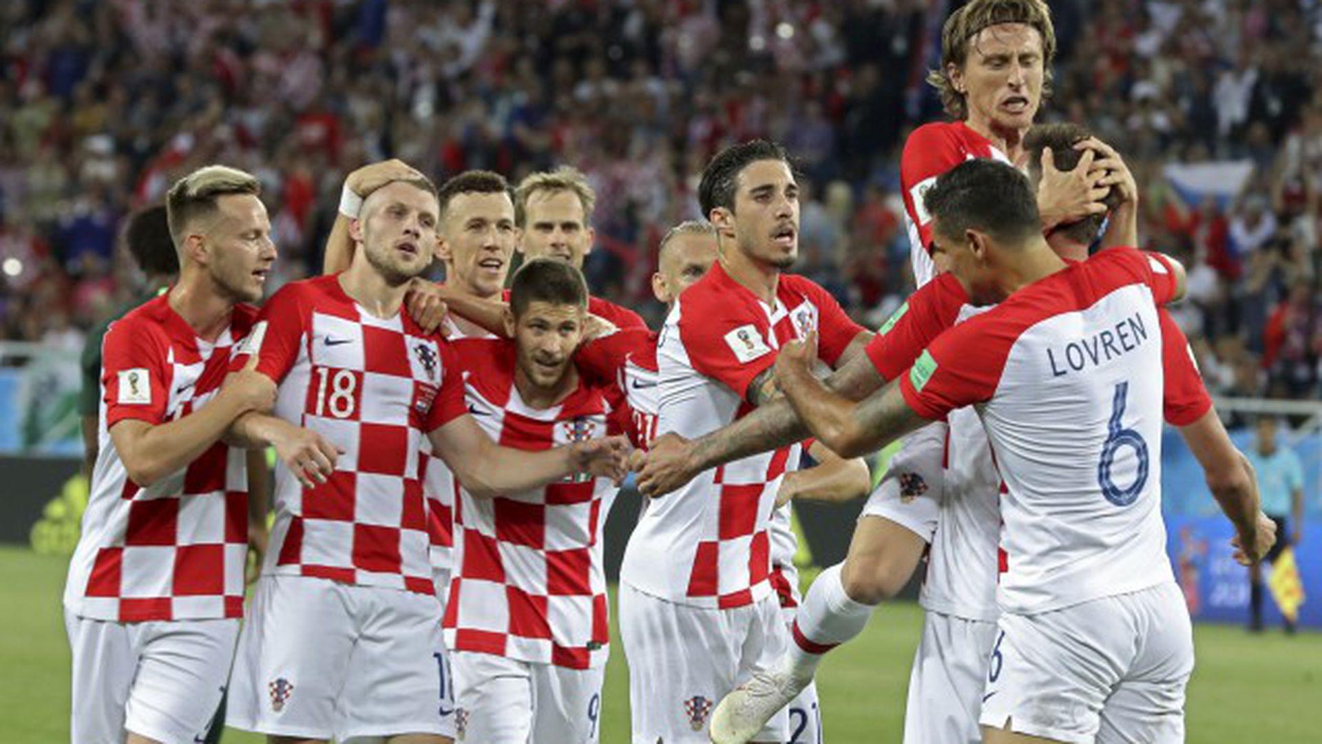 Сборная Хорватии в домашней экипировке 2018 года